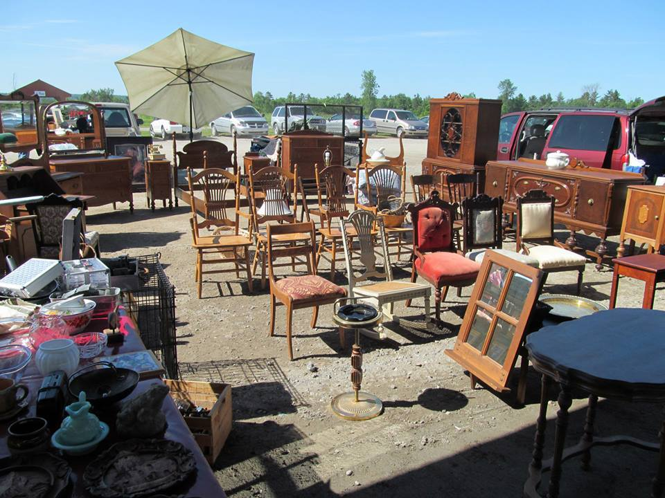 Picture of At the Larose Flea Market